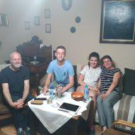 Familia de acogida de Jairo y Paula