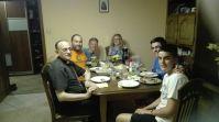 Familia de acogida de Isaac con el obispo de Salamanca